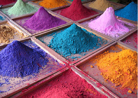 Pigments on sale in a market